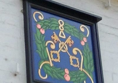 Cross keys wooden sign