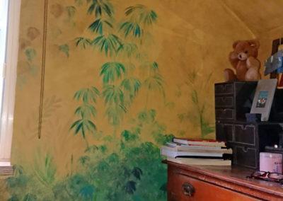 Image of tropical bedroom mural